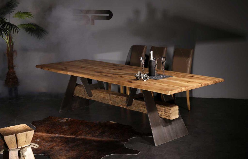 Tisch Savoia