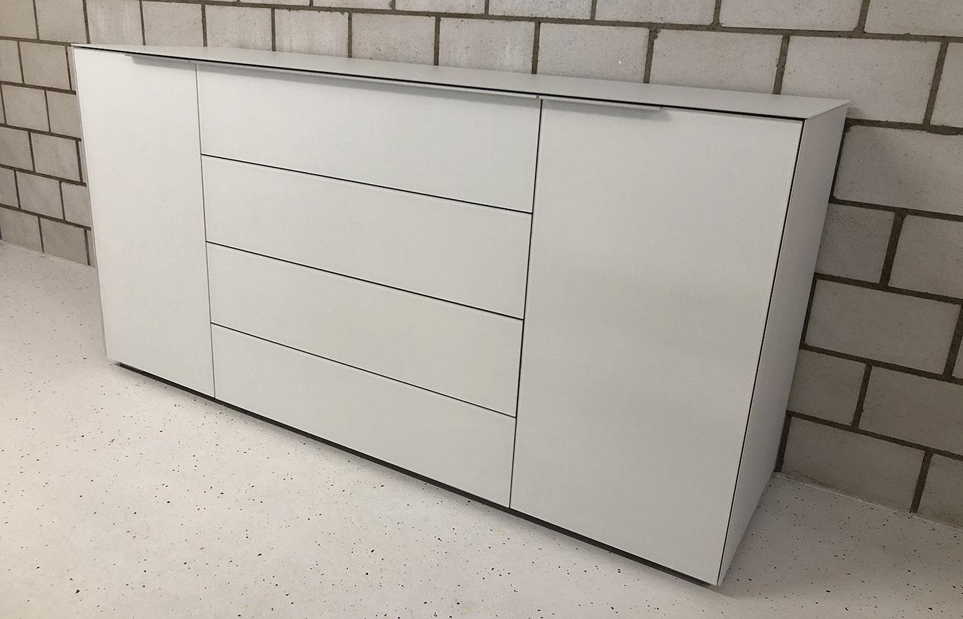 Sideboard 2-türig/4 Schubladen