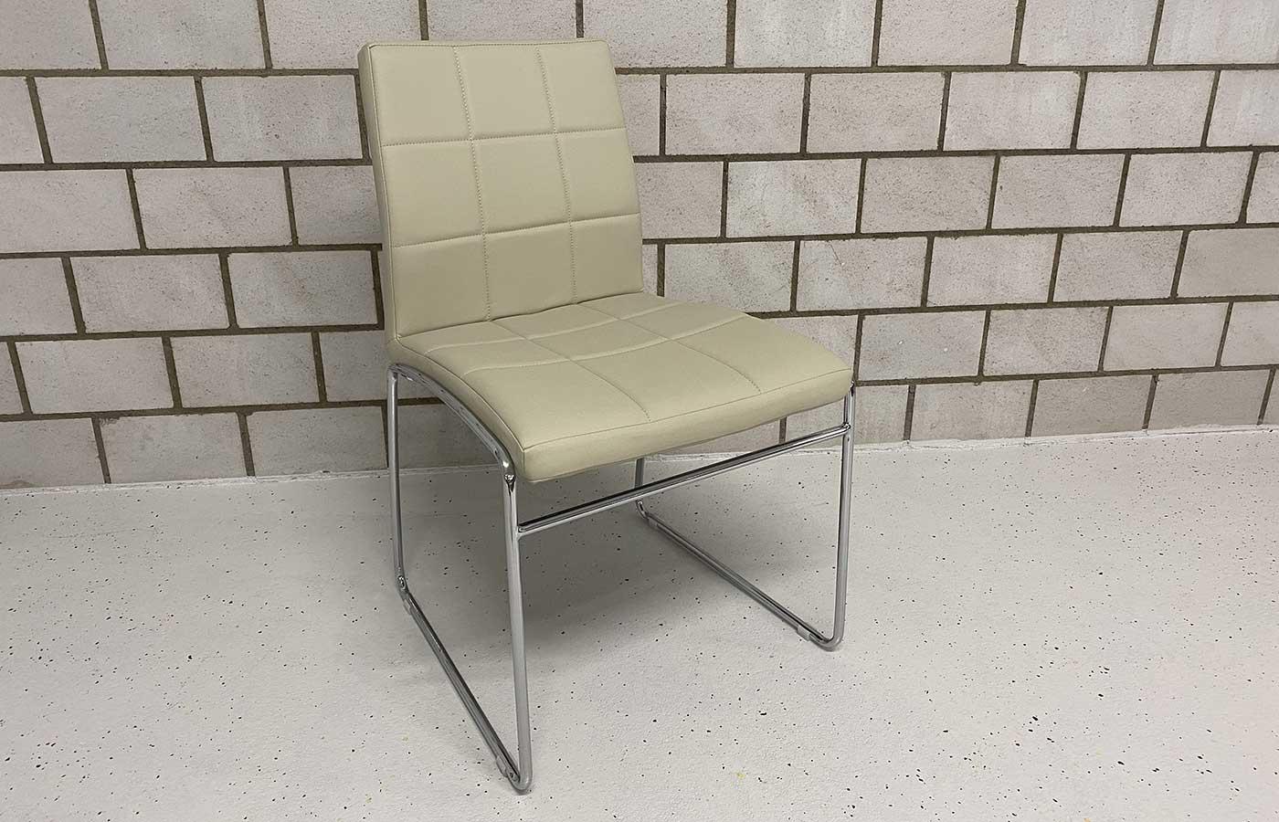 Stuhl Kunstleder perle